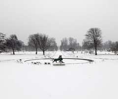 Pariz-pod-snijegom_240x200