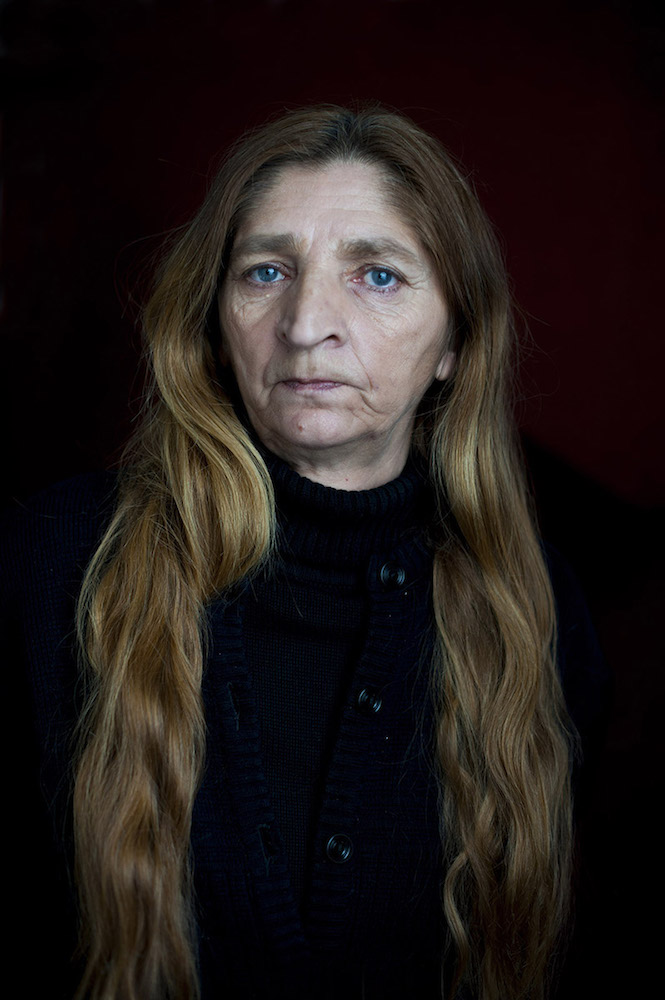 Emita Blagdan - Tražeći Snezanu